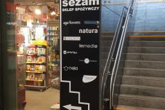 tablica-informacyjna-logo-plexi